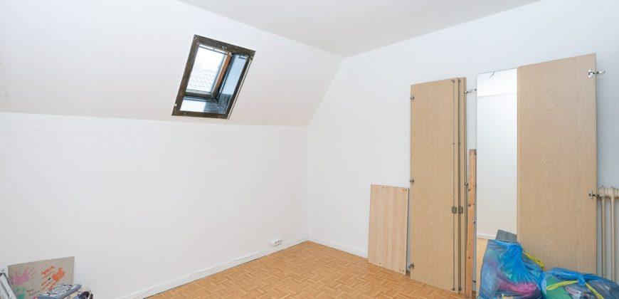 Appartementgebouw/Vierpartijenhuis